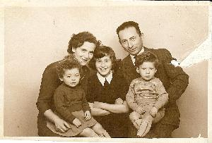 Ester and Max Fisch with their 3 children